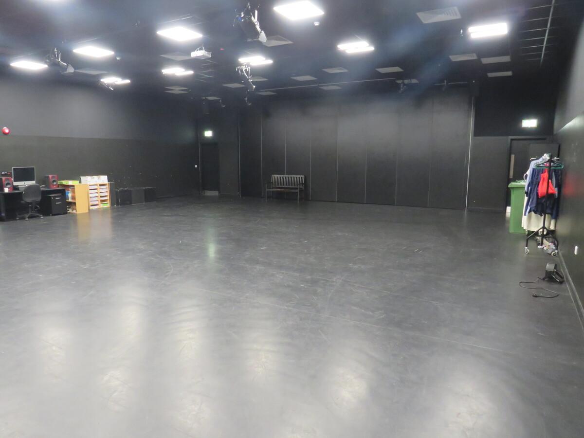 Drama Studio (Large) - Rickmansworth School - Hertfordshire - 3 - SchoolHire