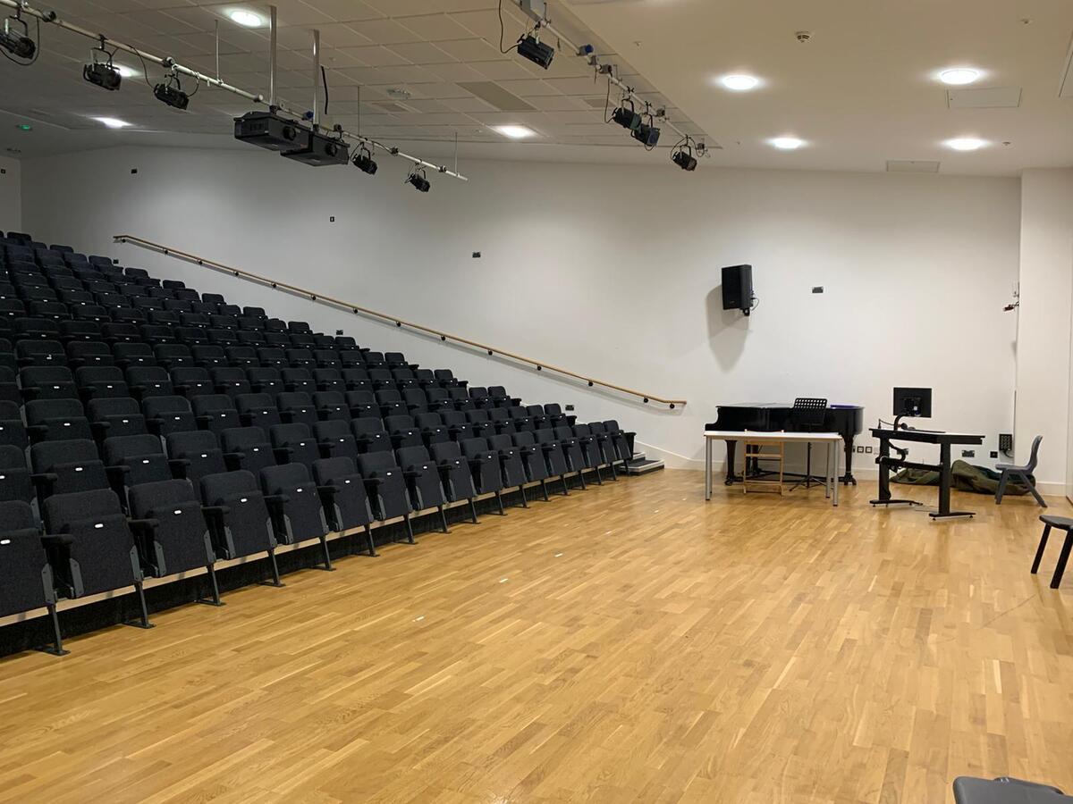 Theatre - SLS @ Tudor Grange Academy Worcester - Worcestershire - 3 - SchoolHire