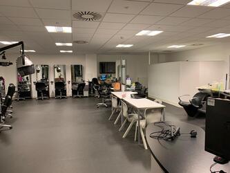 Specialist Classroom - Salon - SLS @ Tudor Grange Academy Worcester - Worcestershire - 3 - SchoolHire
