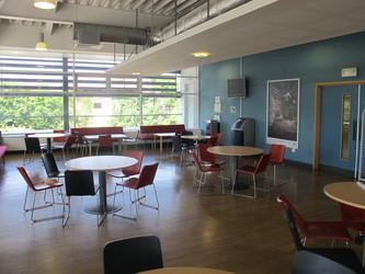 Refectory Canteen - Haringey Sixth Form College - Haringey - 4 - SchoolHire