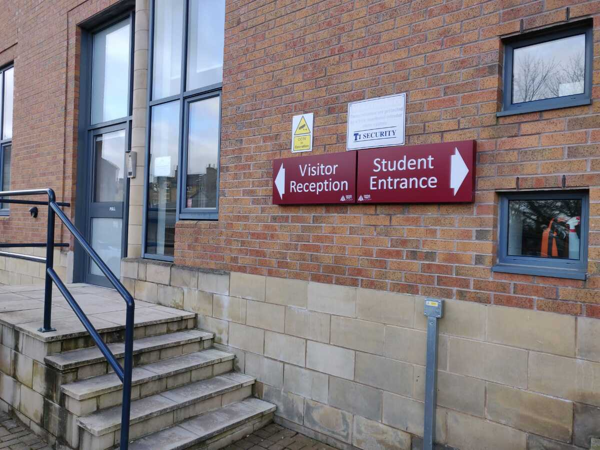 SLS @ Dixons Trinity Academy - West Yorkshire - 3 - SchoolHire