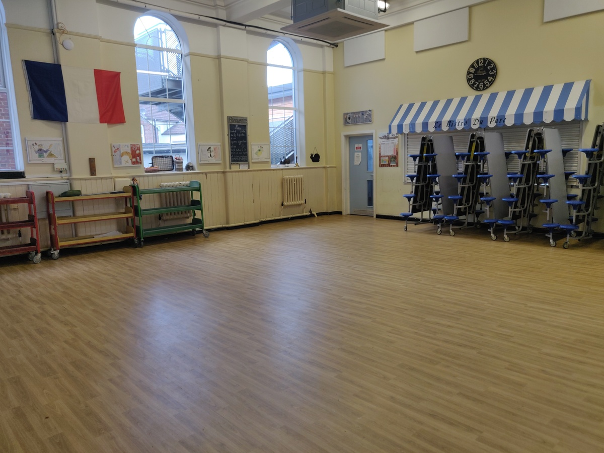 Dining Room - SLS @ Manor Park Primary School - Sutton - 3 - SchoolHire