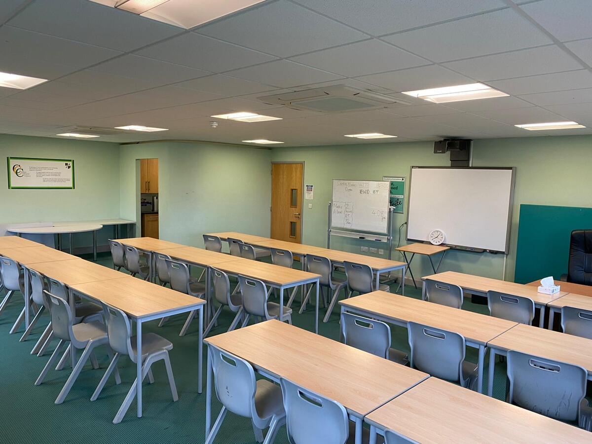 Specialist classroom - New TLC - SLS @ Ravens Wood School - Bromley - 2 - SchoolHire