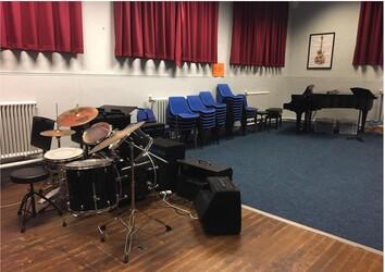 Specialist Classroom - SLS @ Lancaster Royal Grammar School - Lancashire - 3 - SchoolHire