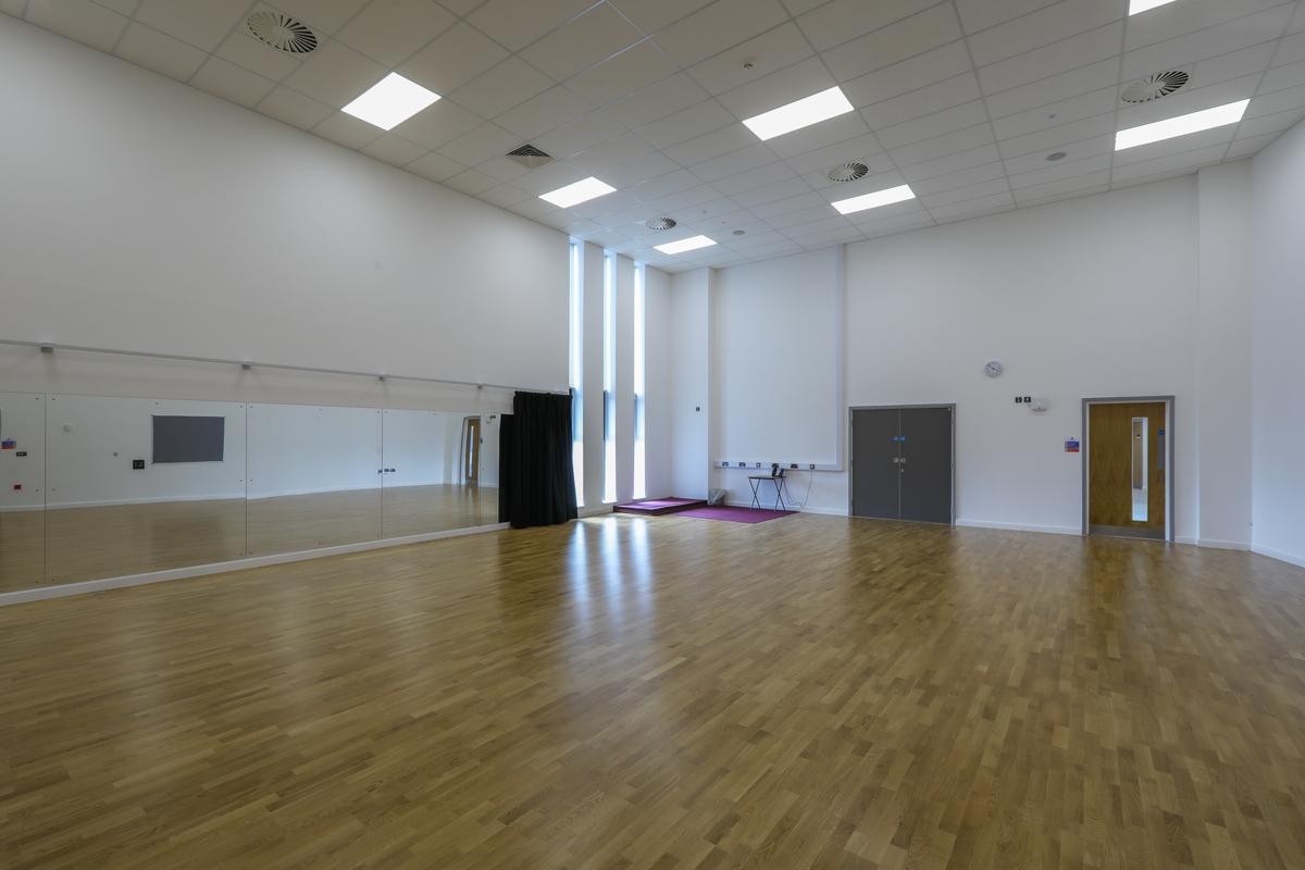 Dance Studio - The Deanery CE Academy - Swindon - 3 - SchoolHire
