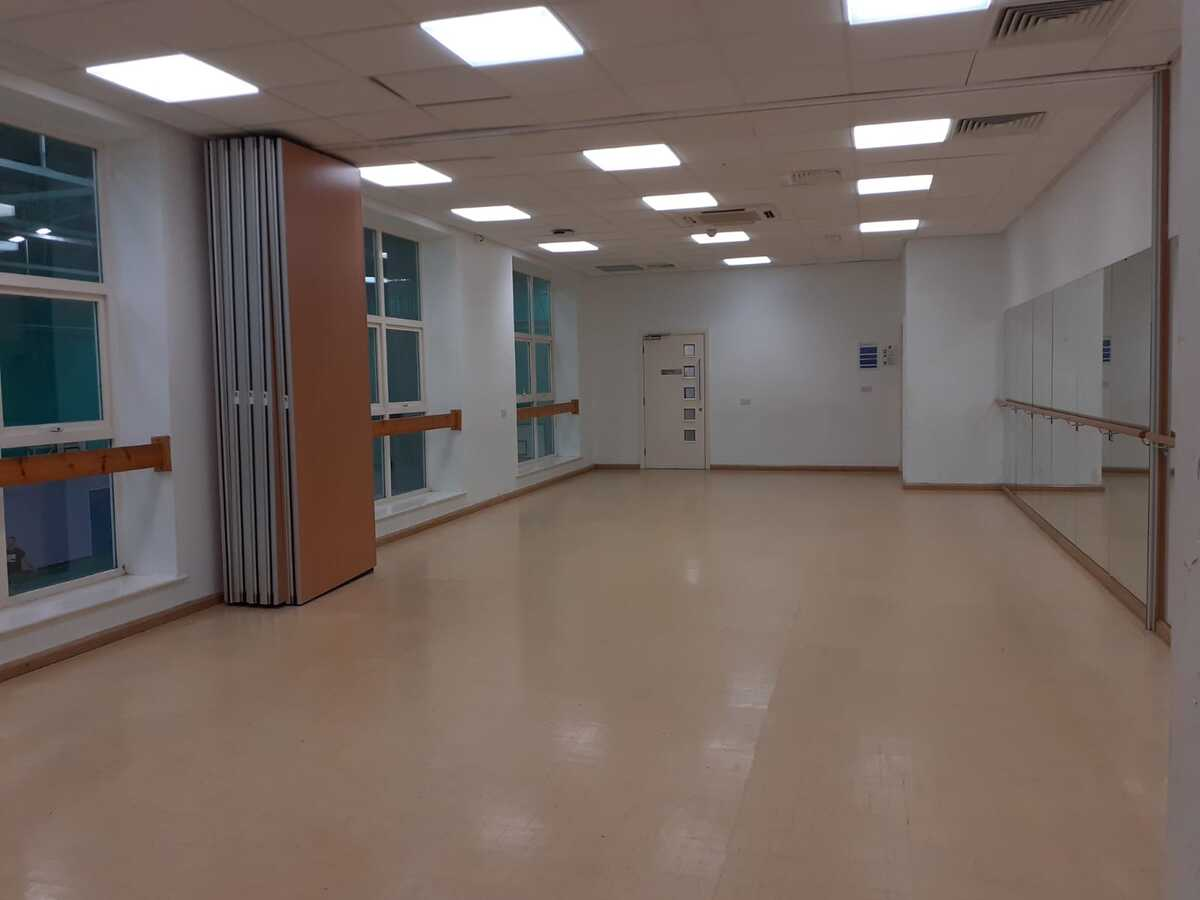 Dance Studio - SLS @ Blessed Trinity RC College - Lancashire - 3 - SchoolHire