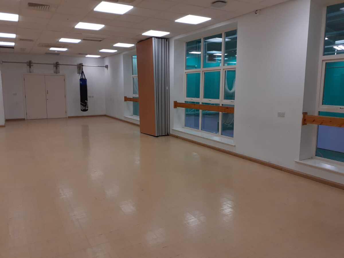 Dance Studio - SLS @ Blessed Trinity RC College - Lancashire - 4 - SchoolHire