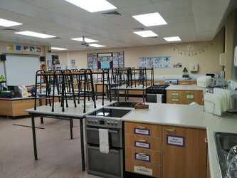 Cookery Room - SLS @ St Christophers CE High School - Lancashire - 4 - SchoolHire