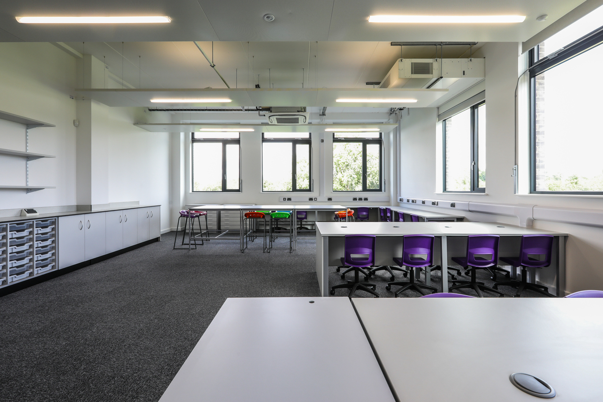Art Rooms (x4) - The Deanery CE Academy - Swindon - 2 - SchoolHire
