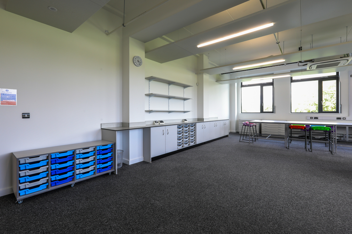 Art Rooms (x4) - The Deanery CE Academy - Swindon - 4 - SchoolHire