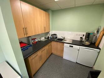 Specialist classroom - New TLC - SLS @ Ravens Wood School - Bromley - 4 - SchoolHire