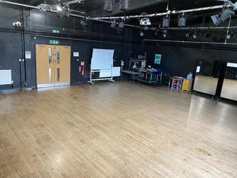 Drama Studio - SLS @ Ravens Wood School - Bromley - 4 - SchoolHire