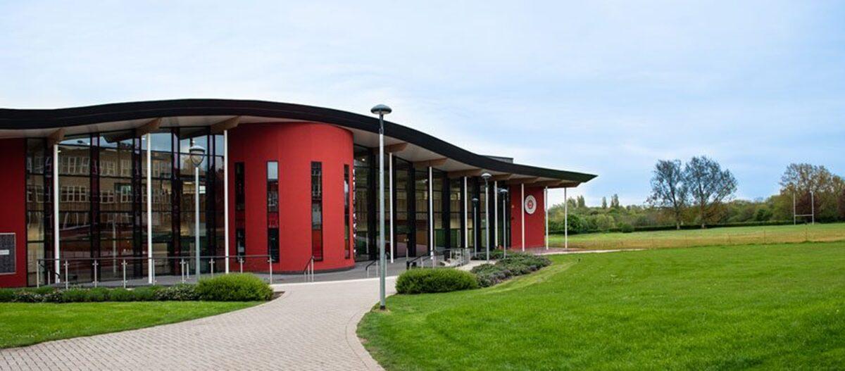 Royal Latin School - Buckinghamshire - 2 - SchoolHire