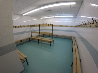 Changing Rooms (Sports Hall) - Royal Latin School - Buckinghamshire - 1 - SchoolHire