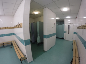 Changing Rooms (Sports Hall) - Royal Latin School - Buckinghamshire - 2 - SchoolHire