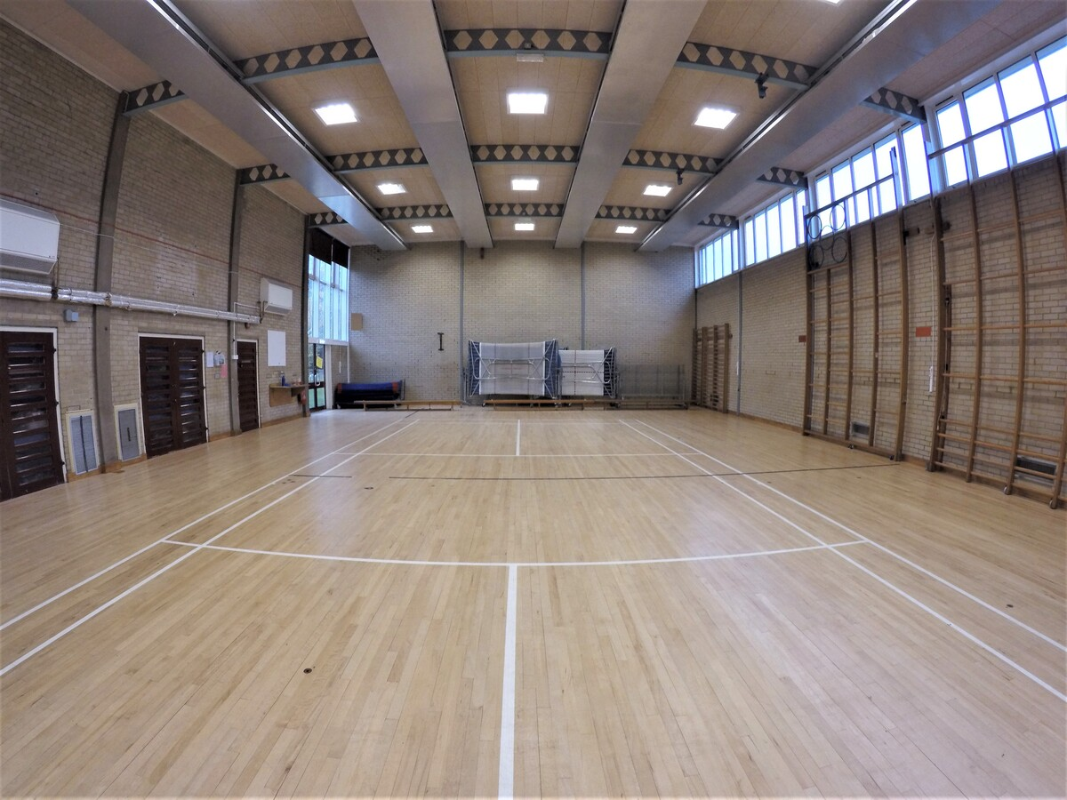 Gymnasium - Royal Latin School - Buckinghamshire - 1 - SchoolHire