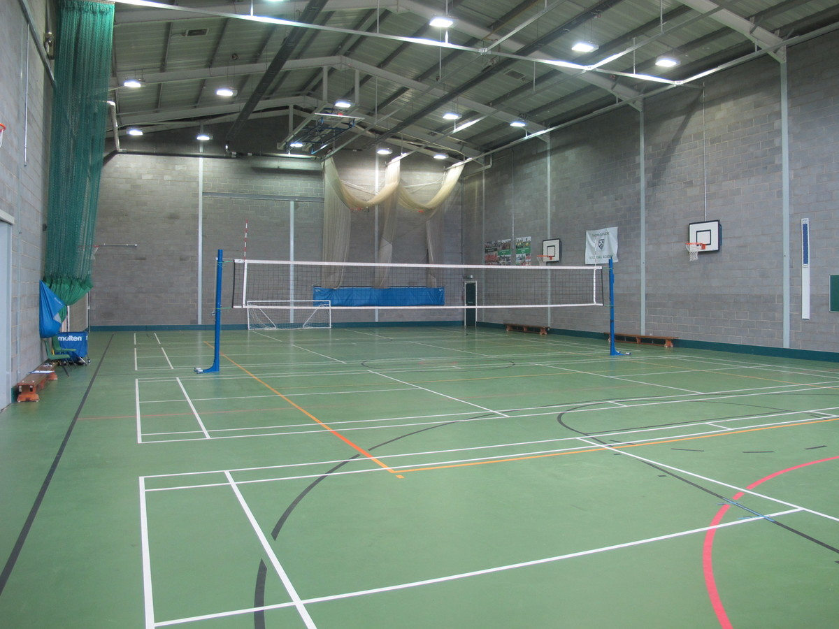 Sports Hall - Thomas More Catholic School - Croydon - 3 - SchoolHire
