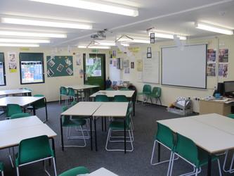 Classrooms - P Block - Thomas More Catholic School - Croydon - 1 - SchoolHire