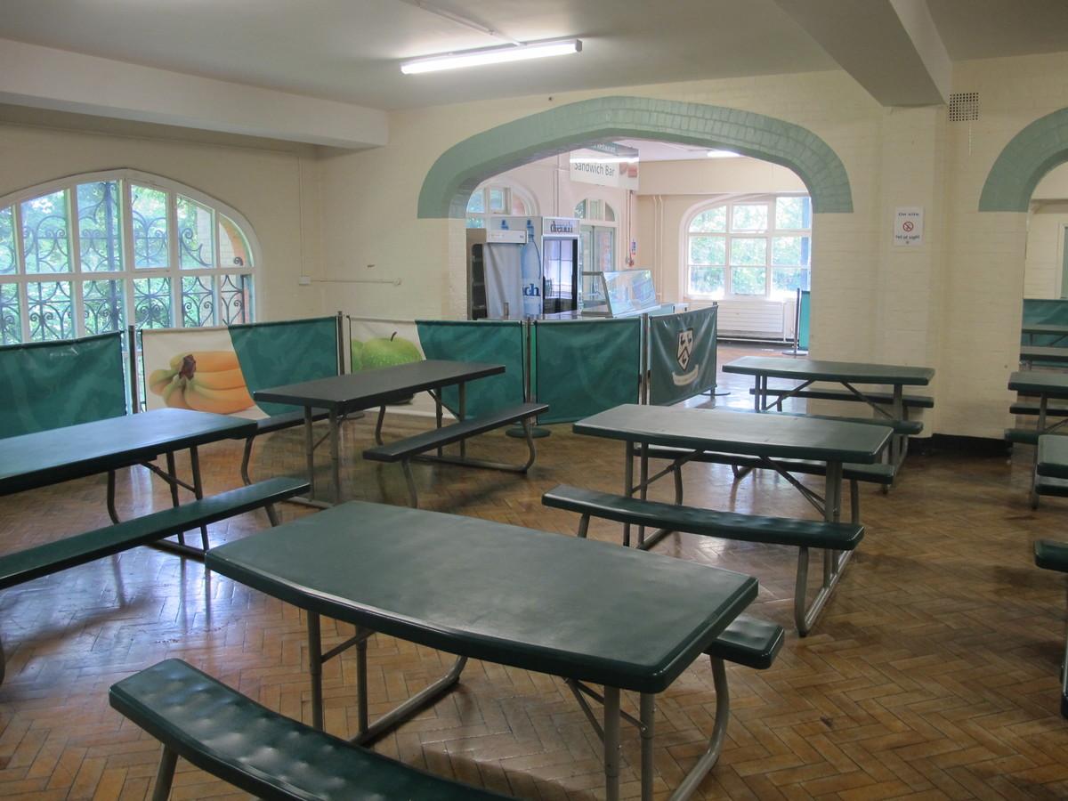 Dining Hall - Thomas More Catholic School - Croydon - 2 - SchoolHire