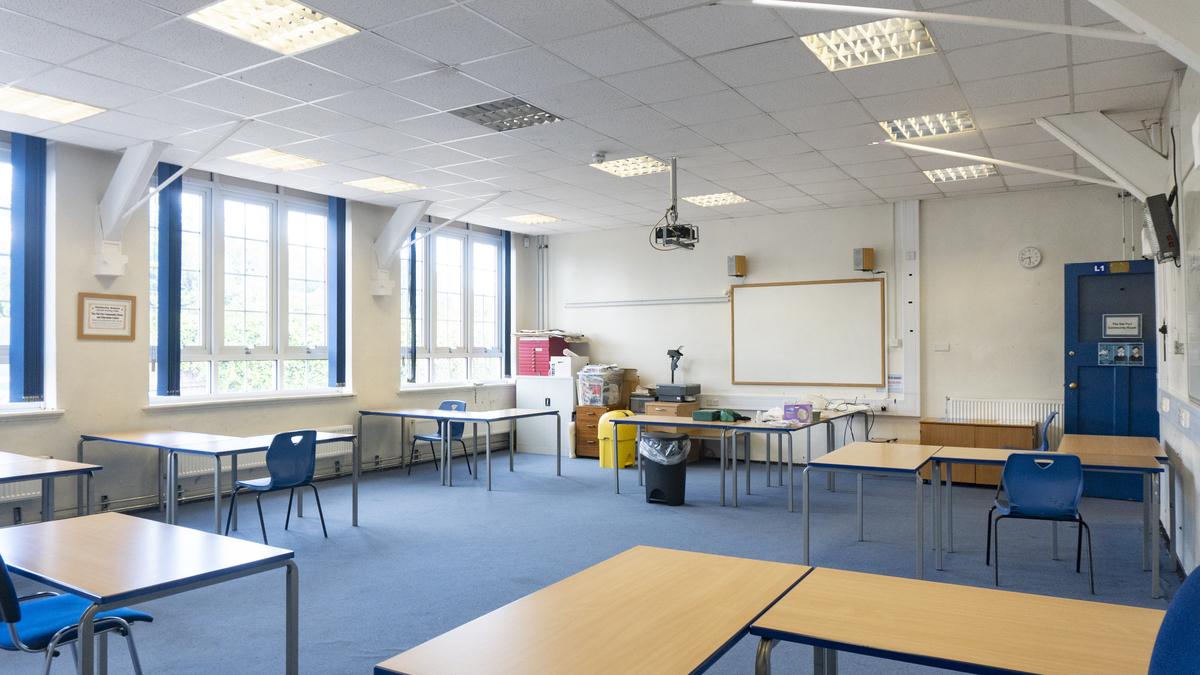 Community Room - Kimberley School - Nottinghamshire - 2 - SchoolHire