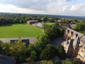 Thomas More Catholic School - Croydon - 4 - SchoolHire