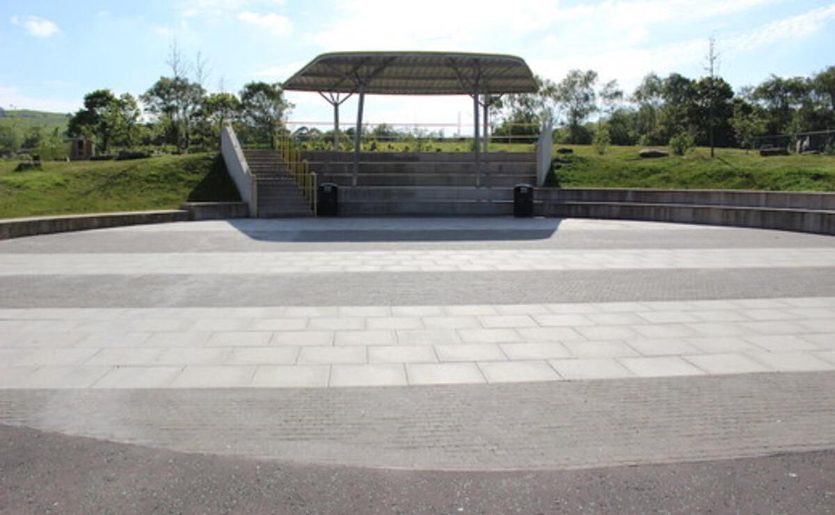 Outdoor Amphitheatre - Darwen Vale High School - Lancashire - 1 - SchoolHire
