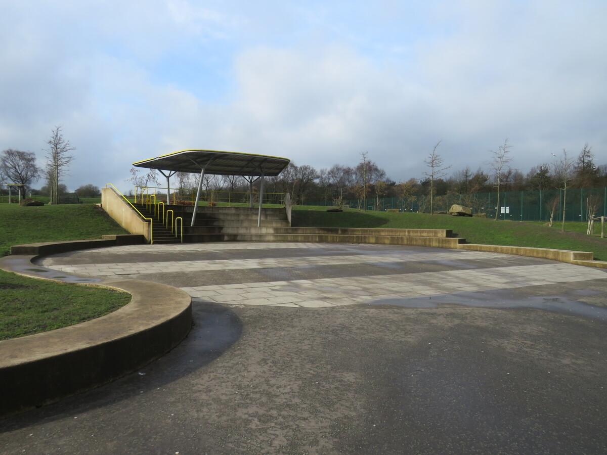 Outdoor Amphitheatre - Darwen Vale High School - Lancashire - 2 - SchoolHire