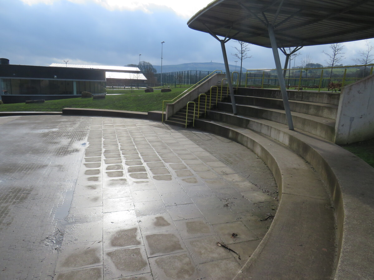 Outdoor Amphitheatre - Darwen Vale High School - Lancashire - 3 - SchoolHire