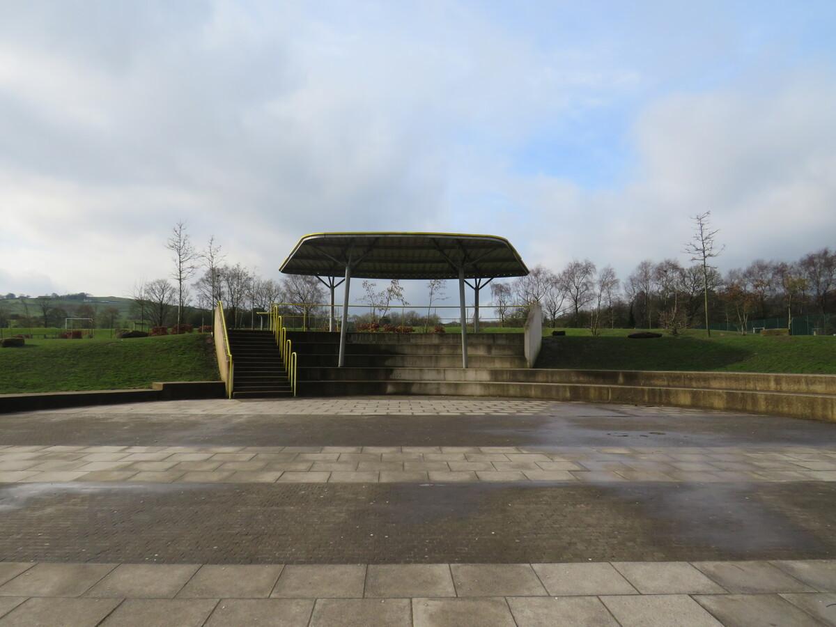 Outdoor Amphitheatre - Darwen Vale High School - Lancashire - 4 - SchoolHire