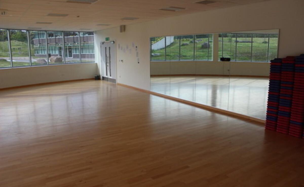 Dance Studio - Darwen Vale High School - Lancashire - 1 - SchoolHire