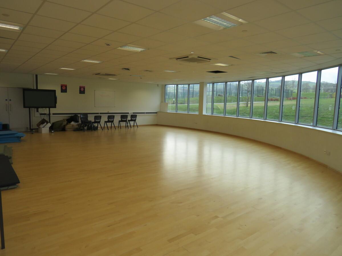 Dance Studio - Darwen Vale High School - Lancashire - 3 - SchoolHire