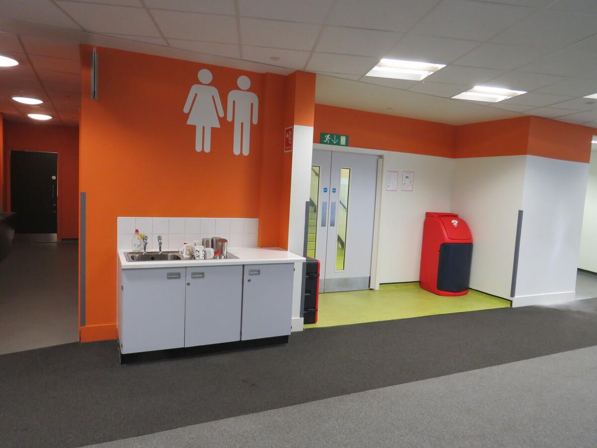 Communal Lounge - Darwen Vale High School - Lancashire - 4 - SchoolHire