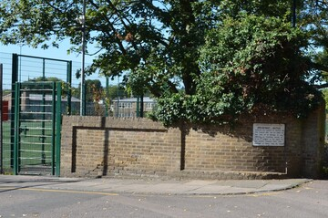 EDU @ Enfield Grammar School (3G Pitch) - Enfield - 2 - SchoolHire