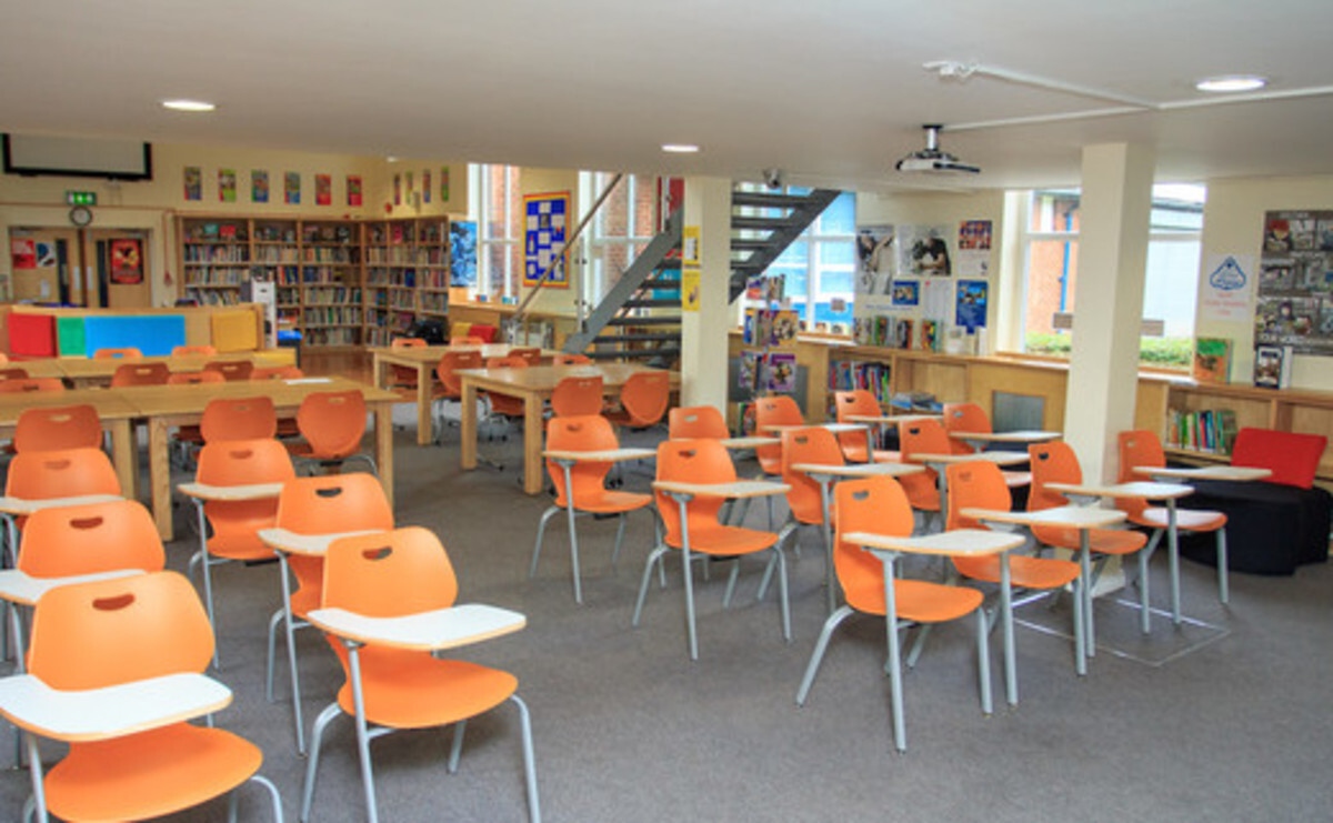 Library - EDU @ Sale High School - Lancashire - 1 - SchoolHire