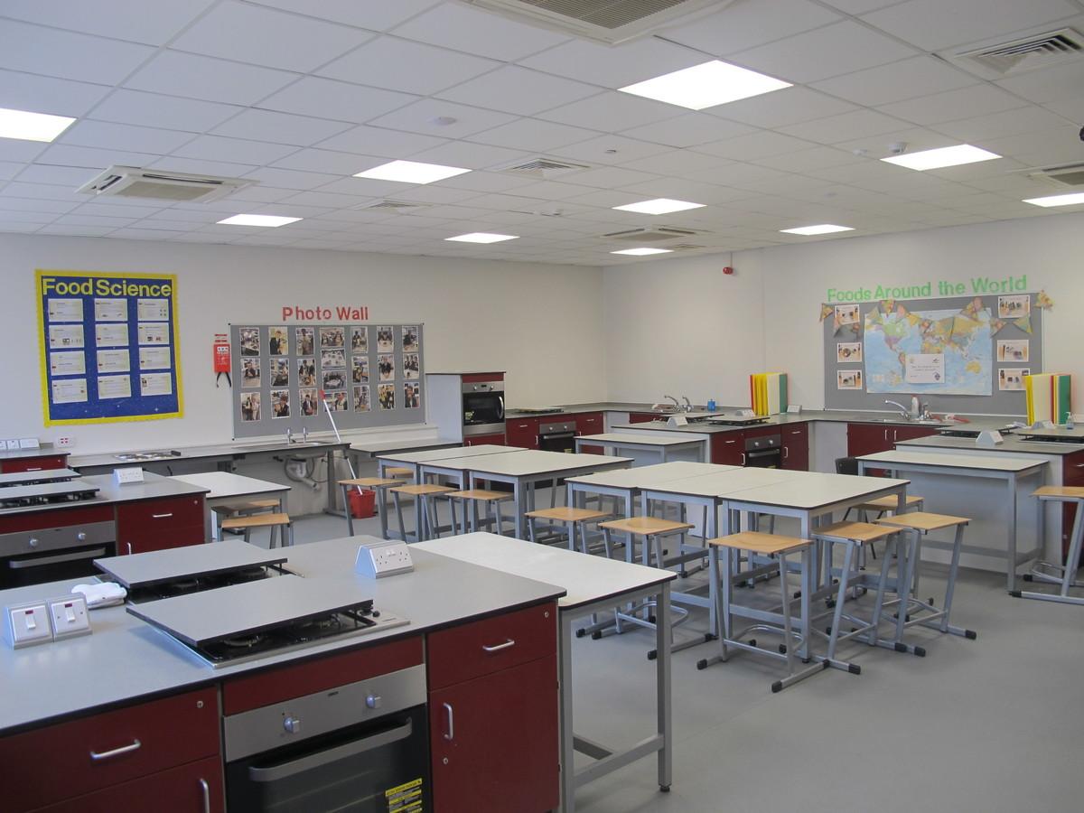 Food Tech Room - St Margaret's C of E Academy - Liverpool - 1 - SchoolHire