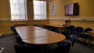 Conference Room - EDU @ Queens Park High School - Cheshire West and Chester - 2 - SchoolHire
