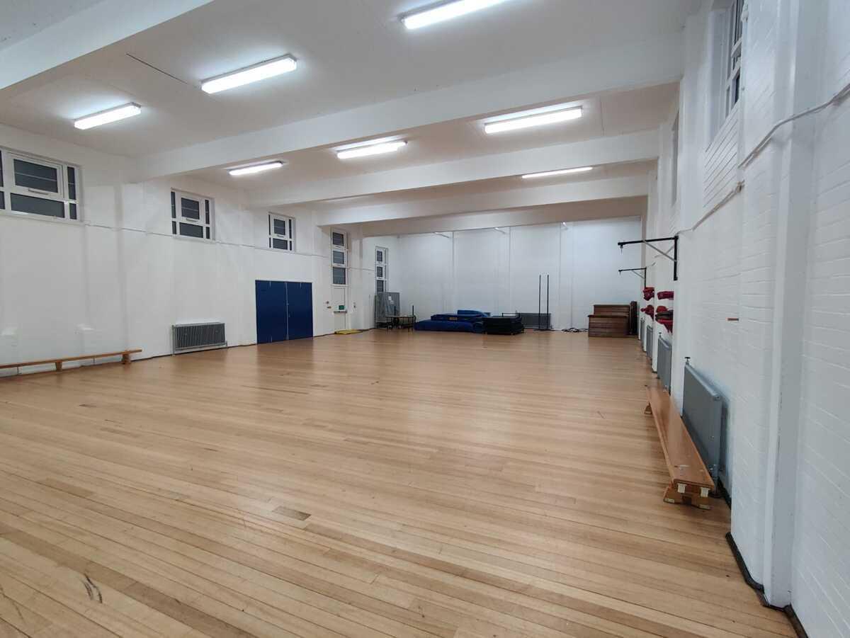 Gymnasium - EDU @ Queens Park High School - Cheshire West and Chester - 3 - SchoolHire