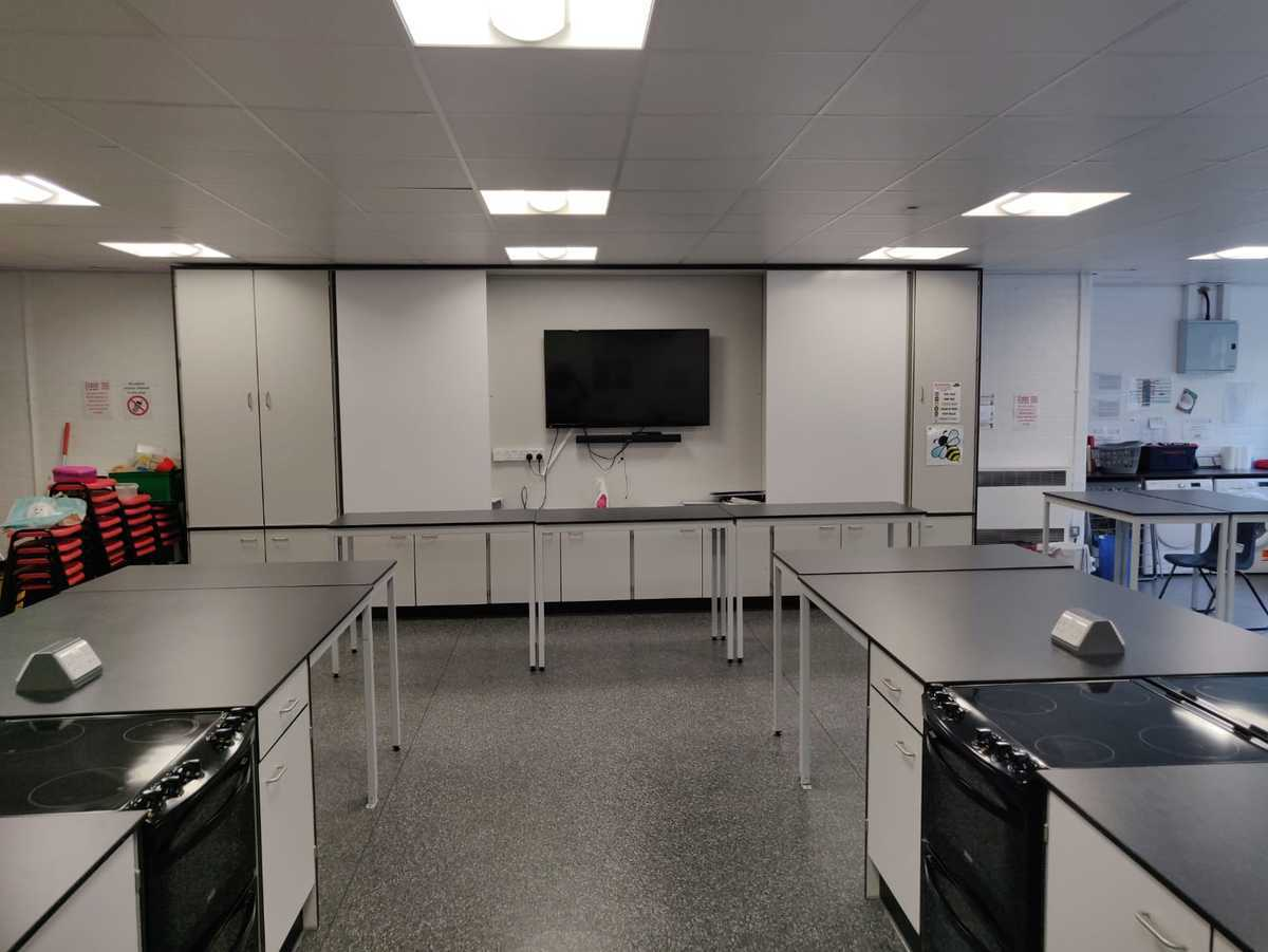 Cookery Room - EDU @ Queens Park High School - Cheshire West and Chester - 1 - SchoolHire