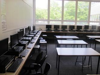 IT Rooms - St Margaret's C of E Academy - Liverpool - 4 - SchoolHire