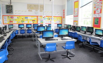 IT Room - EDU @ Queens Park High School - Cheshire West and Chester - 1 - SchoolHire