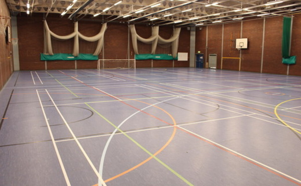 Sports Hall - EDU @ Queens Park High School - Cheshire West and Chester - 2 - SchoolHire