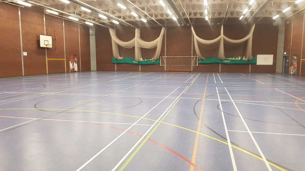 Sports Hall - EDU @ Queens Park High School - Cheshire West and Chester - 3 - SchoolHire