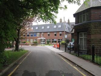 EDU @ St Edwards College - Liverpool - 2 - SchoolHire