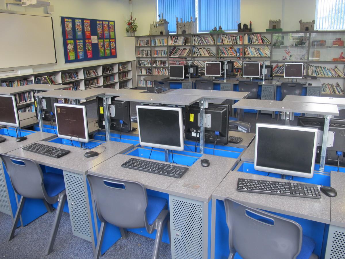 LRC - St Margaret's C of E Academy - Liverpool - 2 - SchoolHire