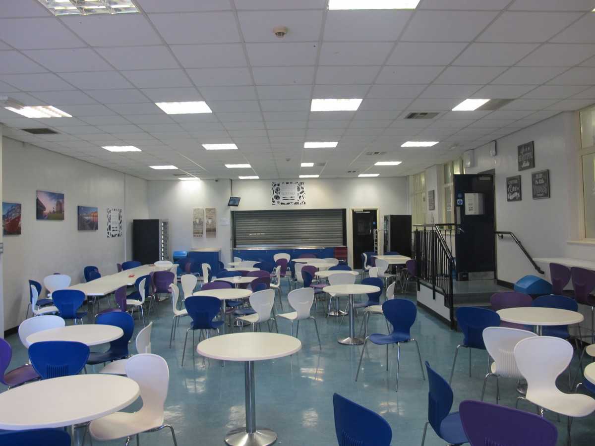 Sixth Form Centre - St Margaret's C of E Academy - Liverpool - 3 - SchoolHire