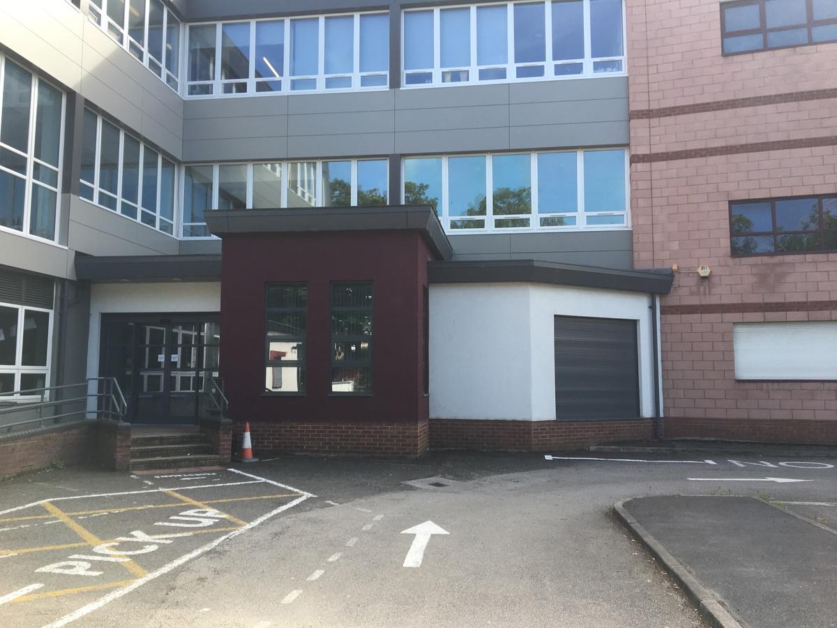 St Margaret's C of E Academy - Liverpool - 2 - SchoolHire