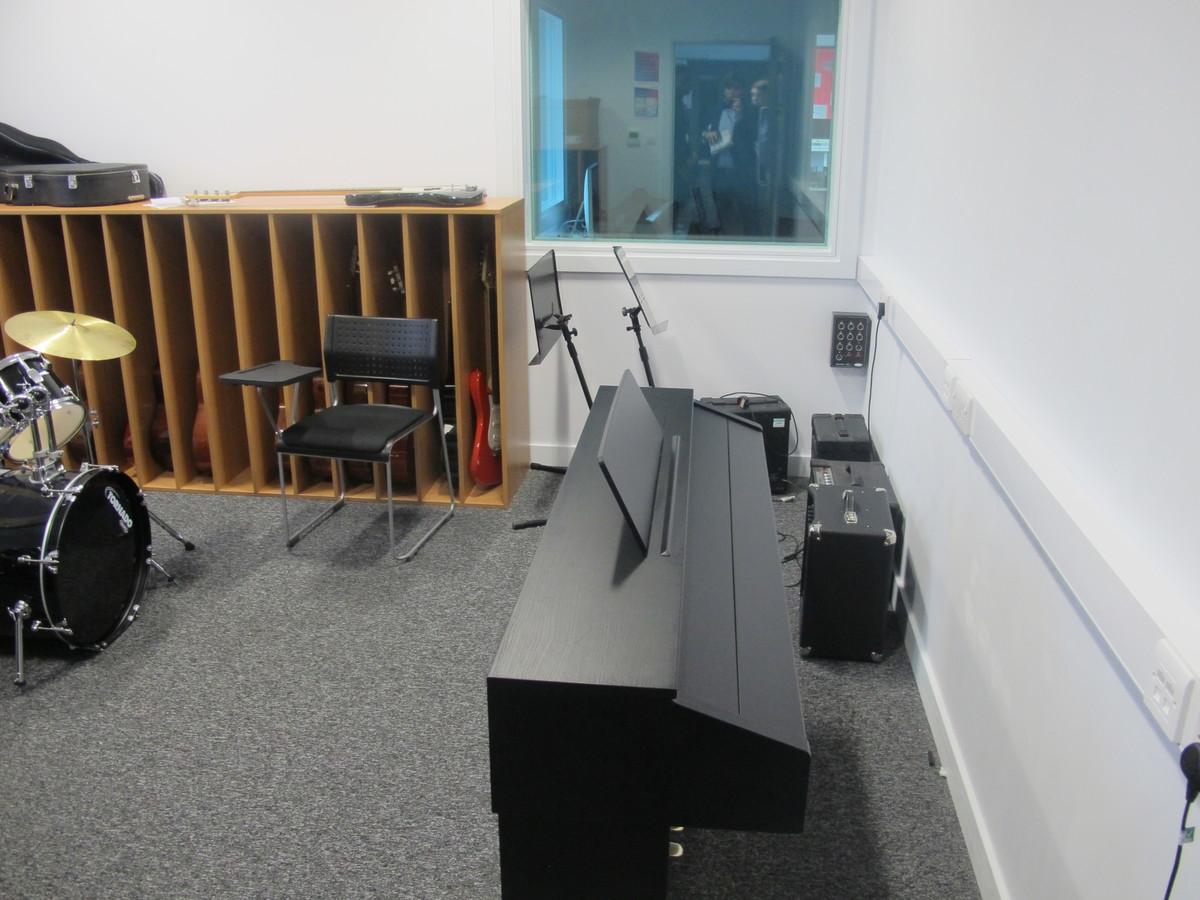 Music Practice Room - St John Bosco Arts College - Liverpool - 2 - SchoolHire