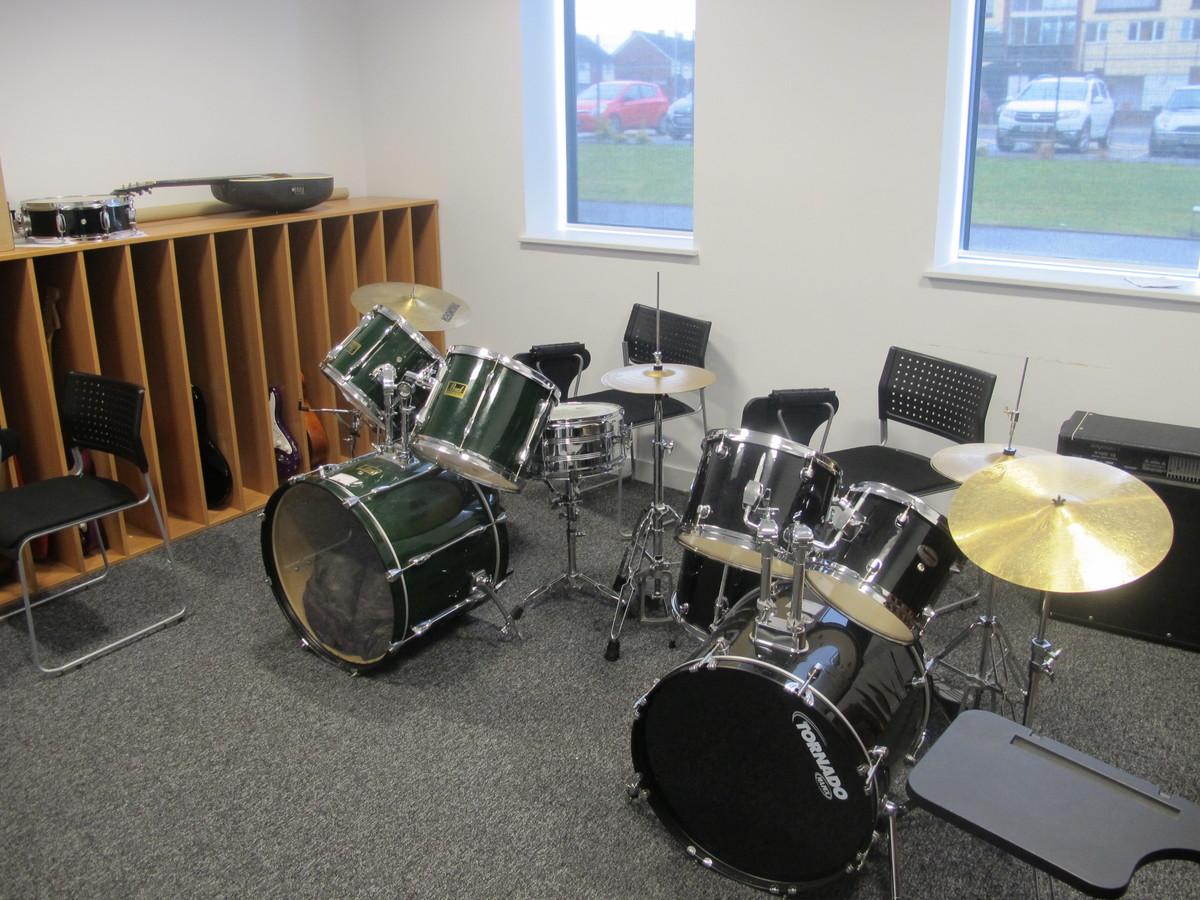 Music Practice Room - St John Bosco Arts College - Liverpool - 3 - SchoolHire