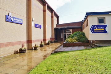 EDU @ King James (Fernside) - West Yorkshire - 1 - SchoolHire