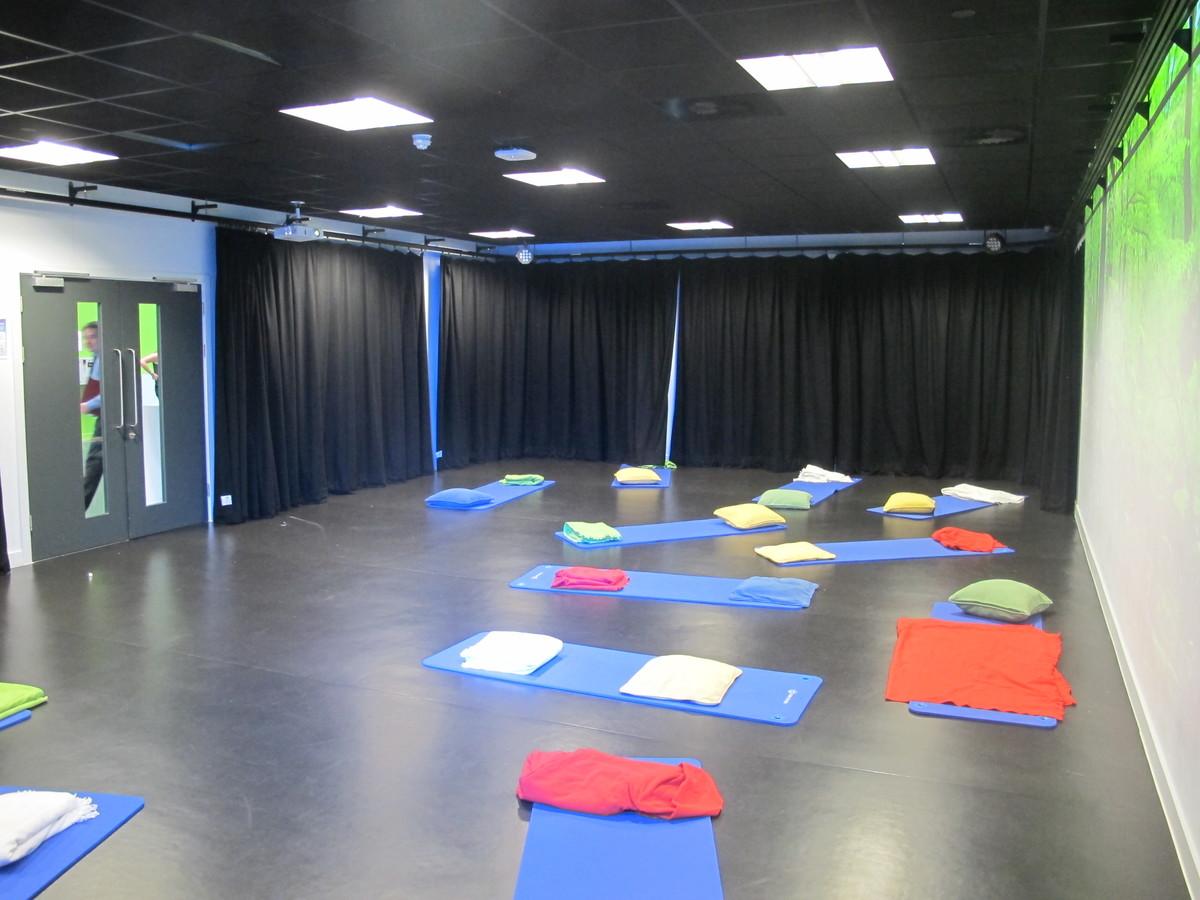 Performance  4 - St John Bosco Arts College - Liverpool - 3 - SchoolHire